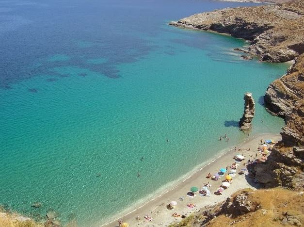 Praia Acla em Andros