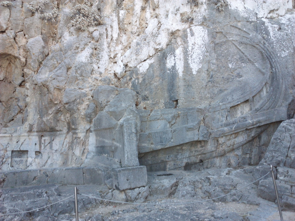 Navio esculpido na Acrópoles de Lindos