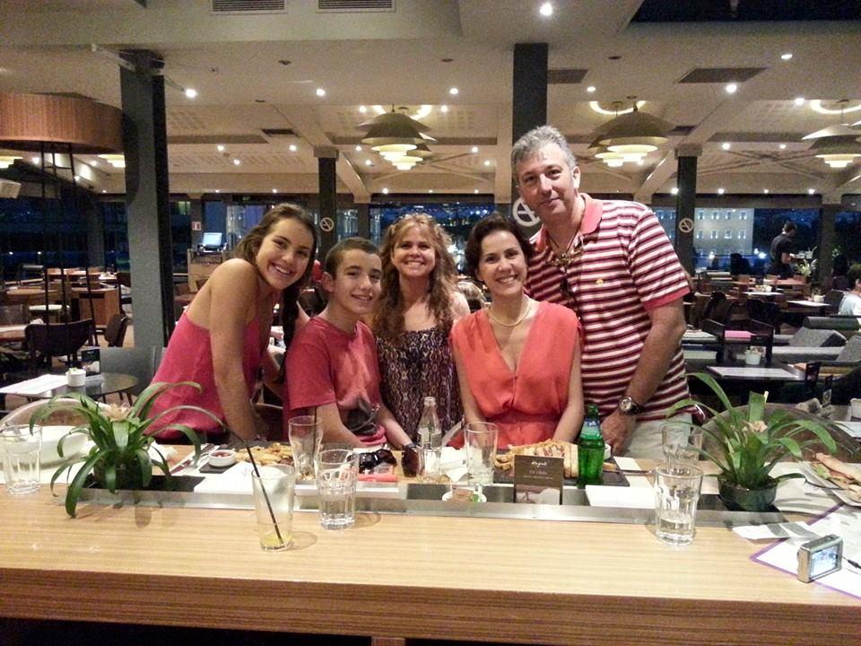 Virna Lize com Marcos Fabrini e Familia