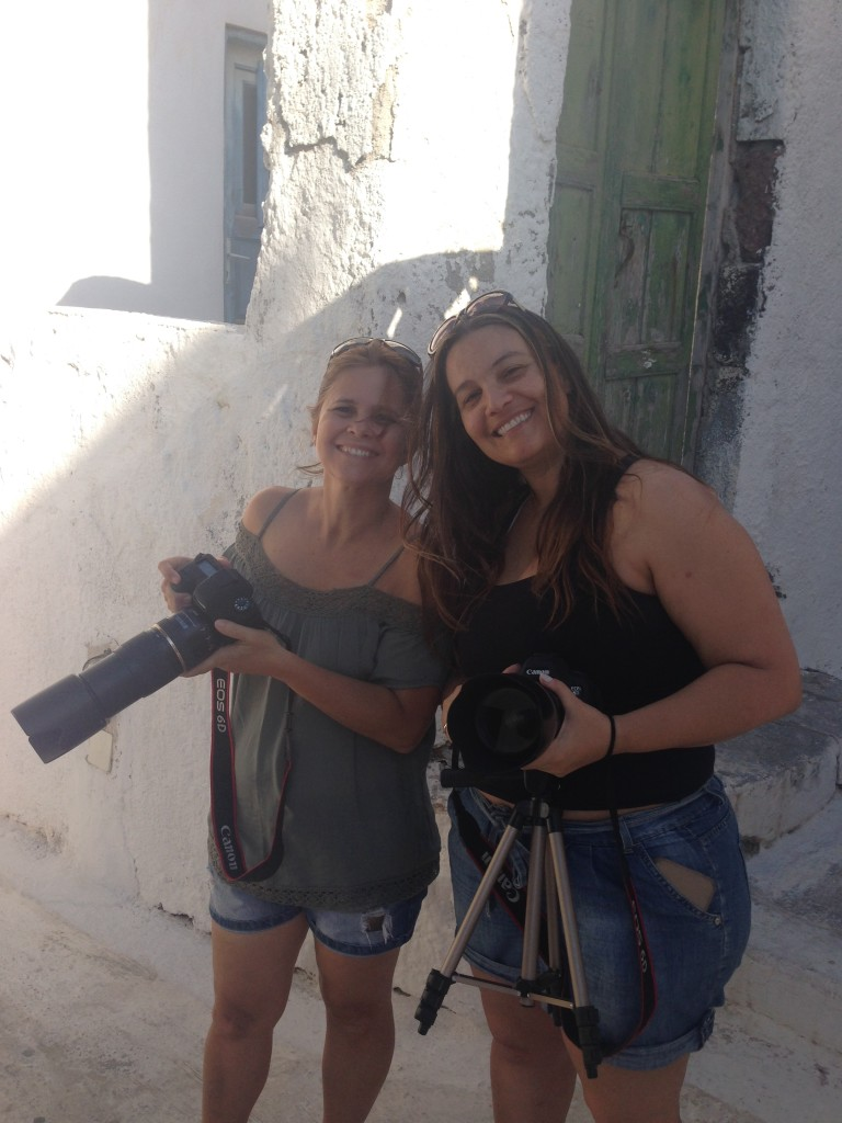 Virna Lize e Bianca Ramos em Santorini