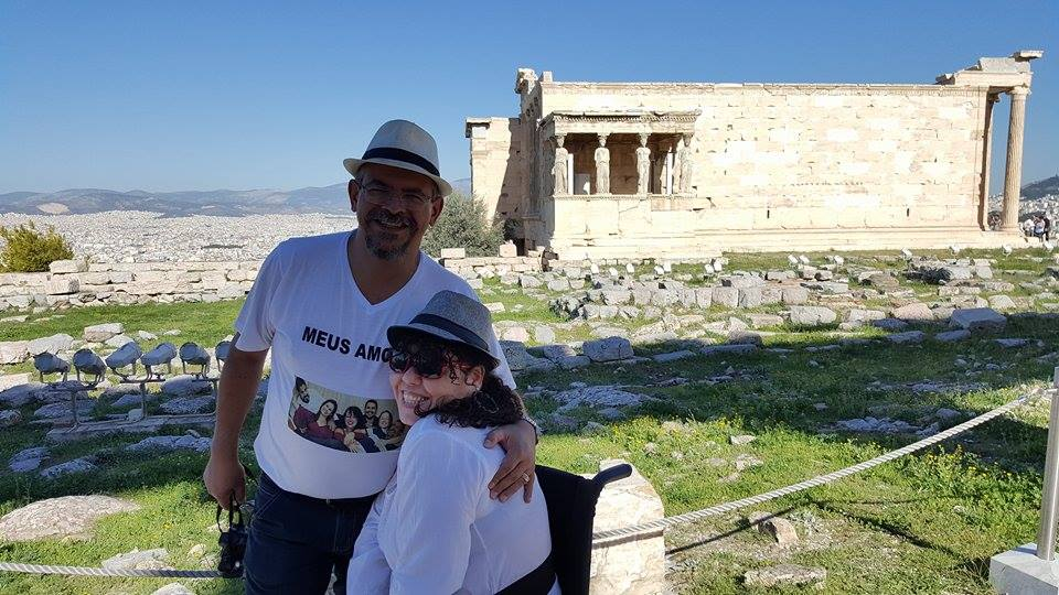Tânia e Jose Carlos na Acropolis