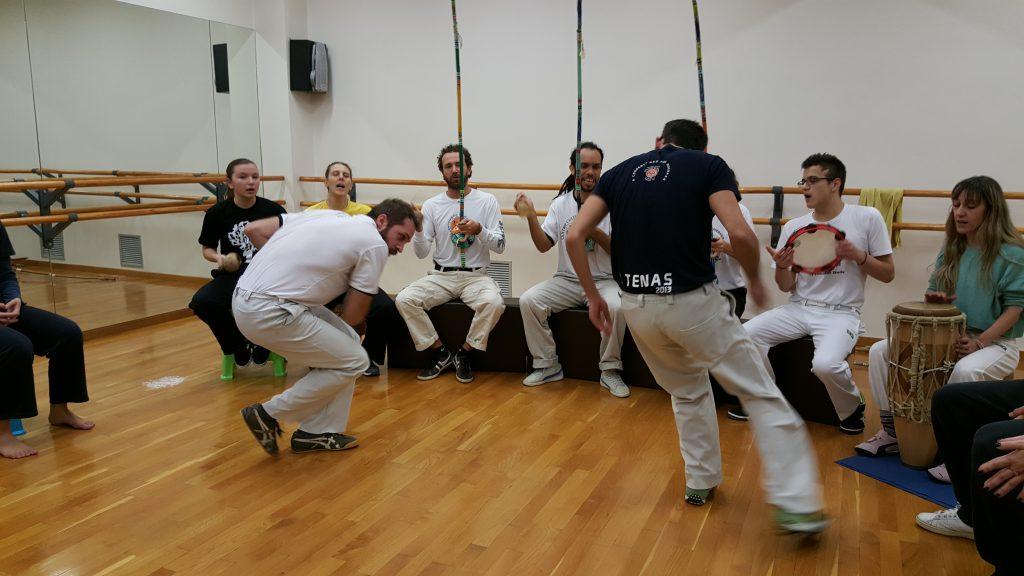 Aula de Capoeira na Grécia