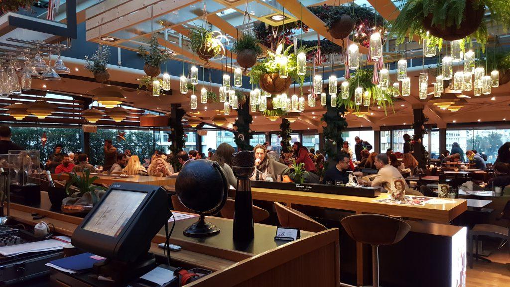 Cafeteria e Bar Public