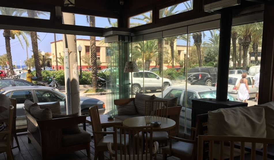 Cafeteria Finn em Rhodes