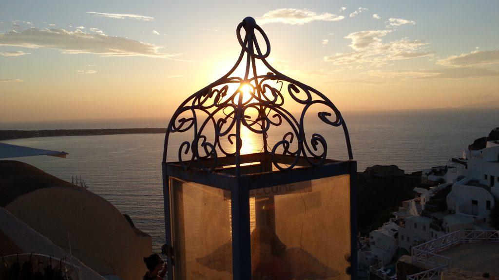 Por do Sol na ilha de Santorini