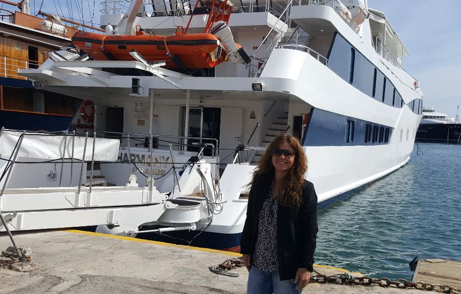 Uma brasileira na Grécia a bordo do iate Harmony