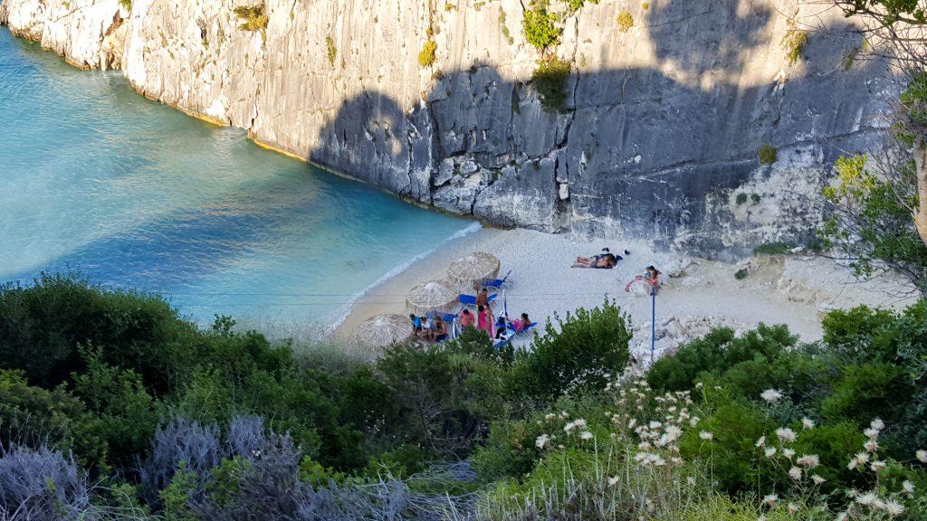 Praia exótica em Zakynthos