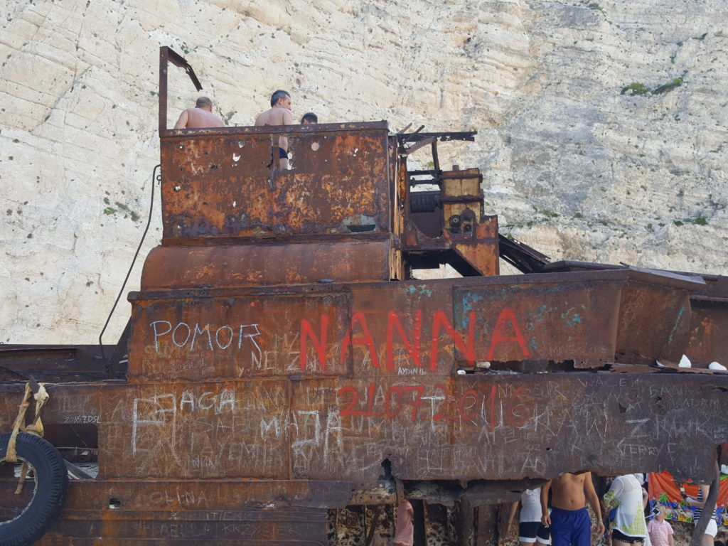 Navio naufragado em Zakynthos