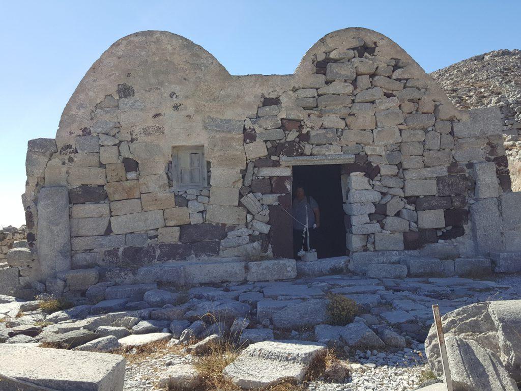 igreja na Thira Antiga