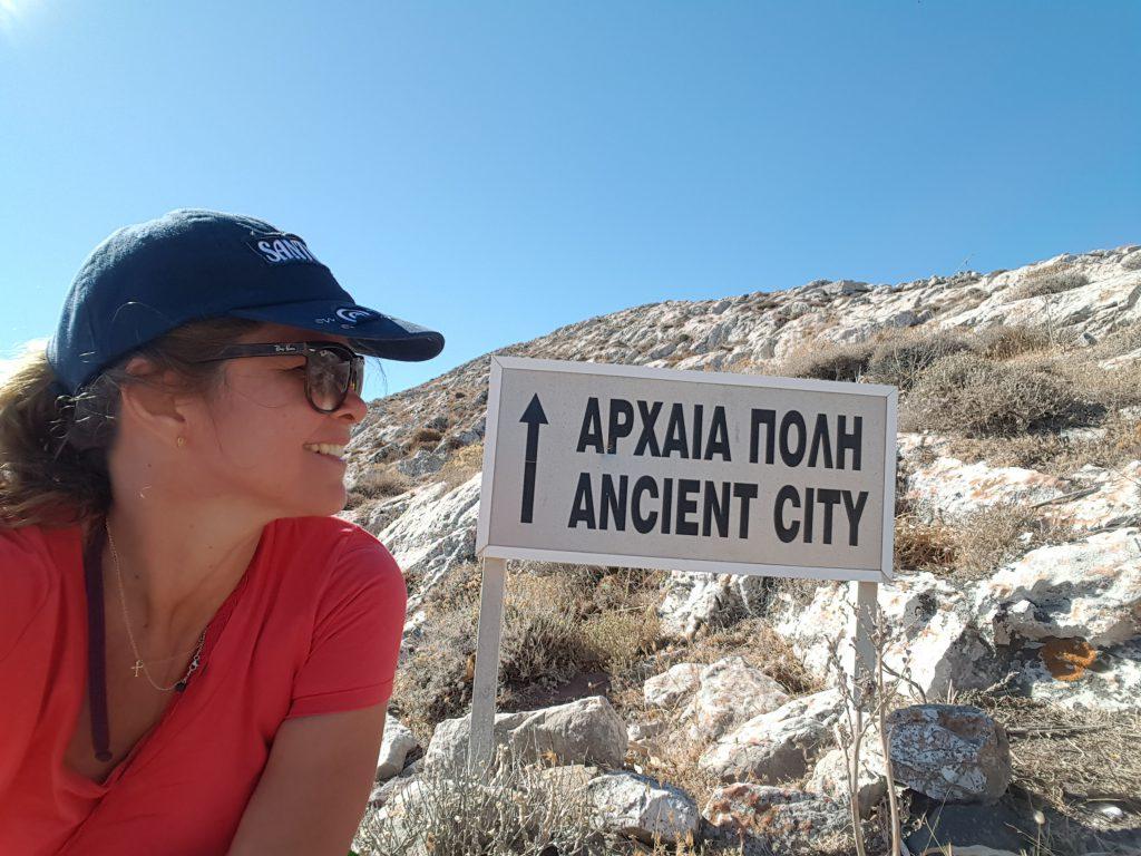 Thira Antiga por Uma Brasileira na Grécia