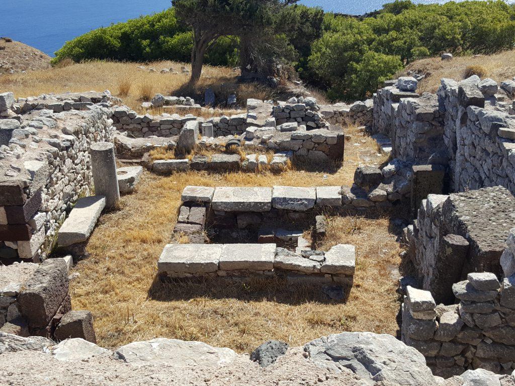 Ruínas de Thira Antiga